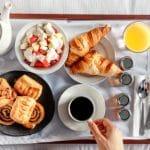 5 vantagens de optar por uma hospedagem com café da manhã